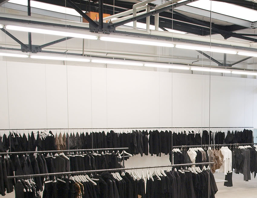edgy clothing stores in Los Angeles and New York 5WZSJUS4