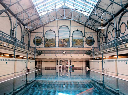 Dip into Berlin\'s beautiful public baths
