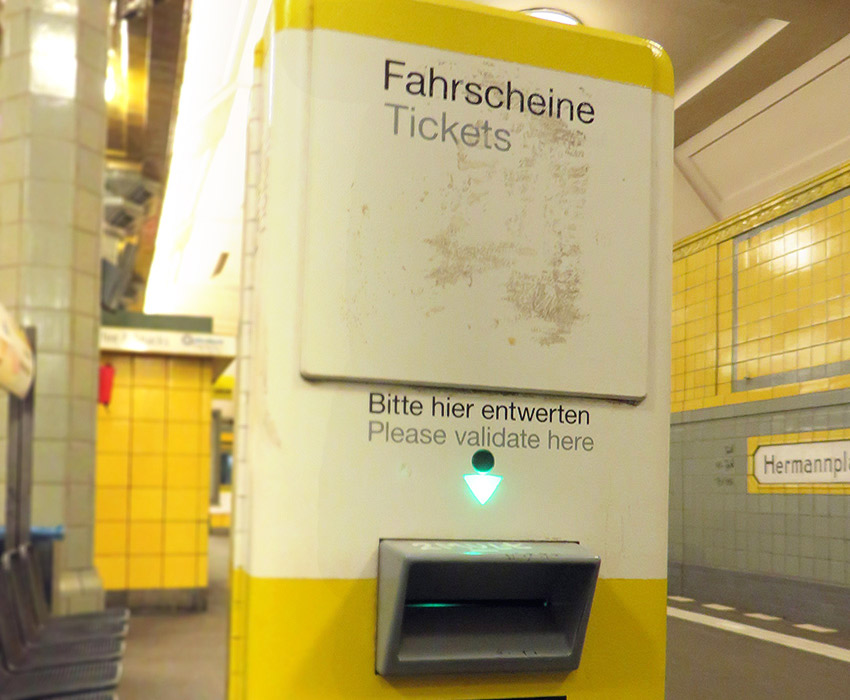 Ticket validation machine, Berlin